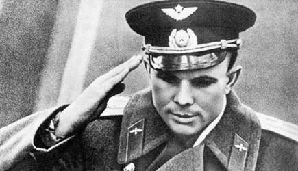 Юрий алексеевич гагарин 9 3 1934 с